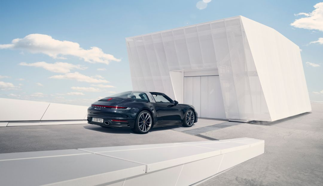 Elegant Extravagant And Unique The New Porsche 911 Targa