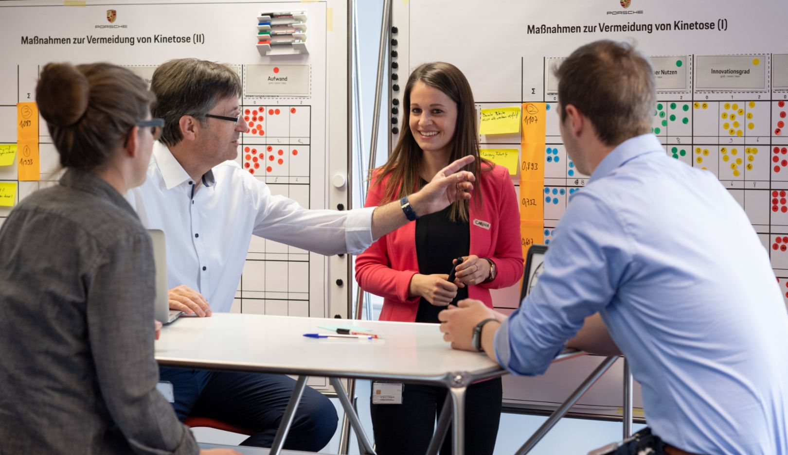 Uwe Reuter (2nd from left), Porsche developer, 2019, Porsche Consulting GmbH