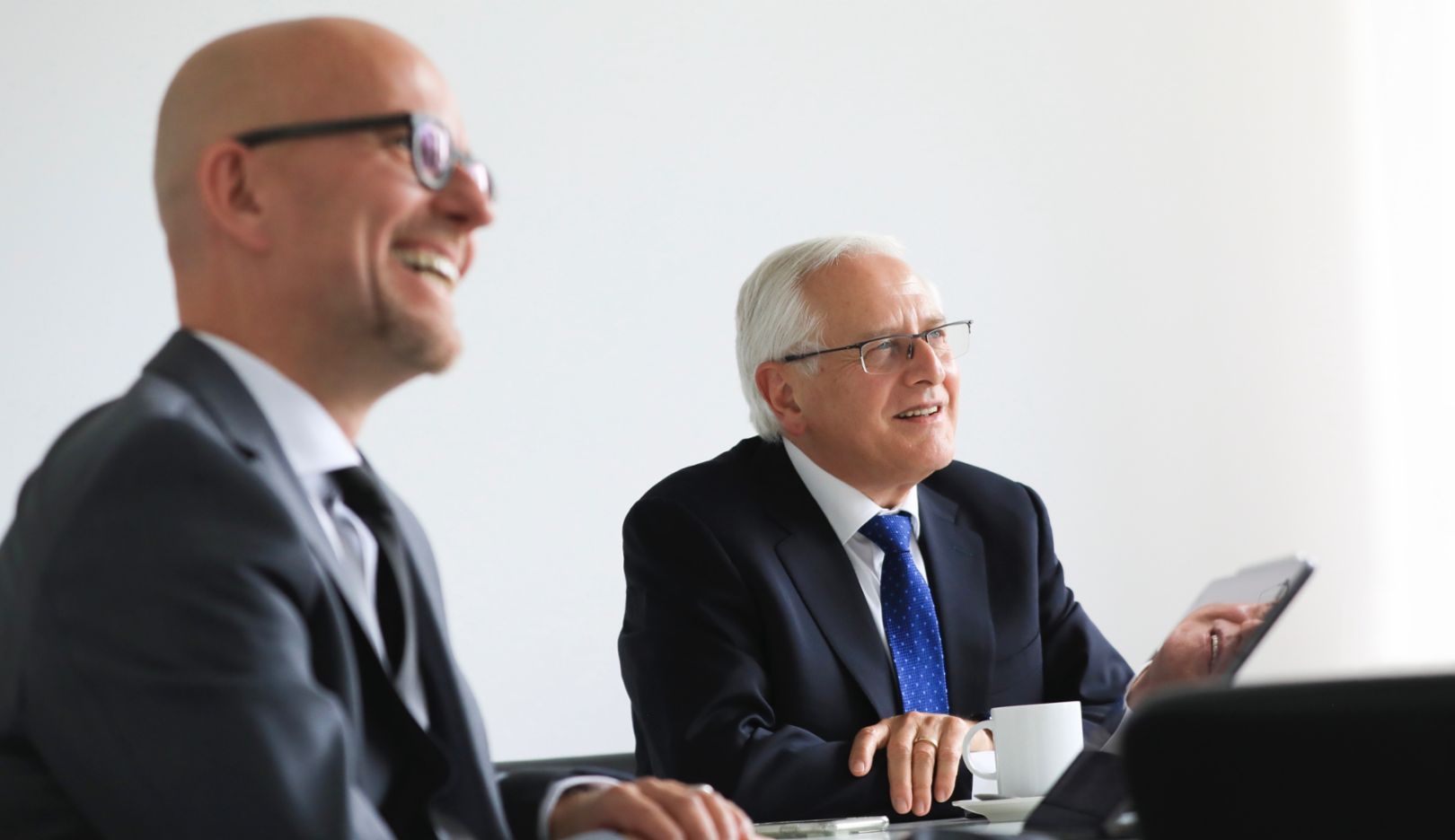 Olaf Bollmann, Head of the Corona Task Force, Uwe-Karsten Städter, Member of the Executive Board for Procurement, l-r, 2020, Porsche AG