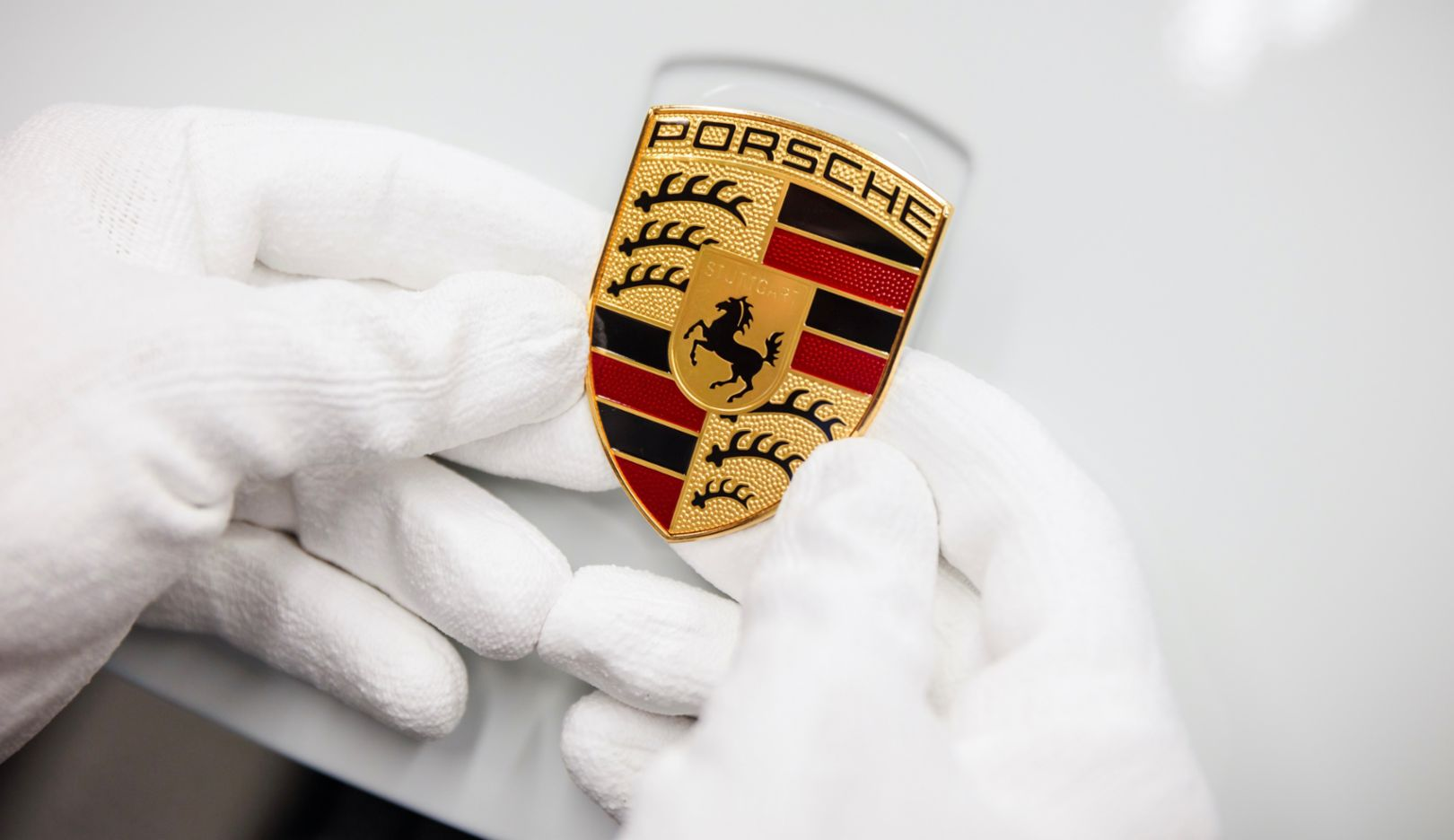 Porsche gives employees a voluntary bonus in the success year 2019 - Image 1