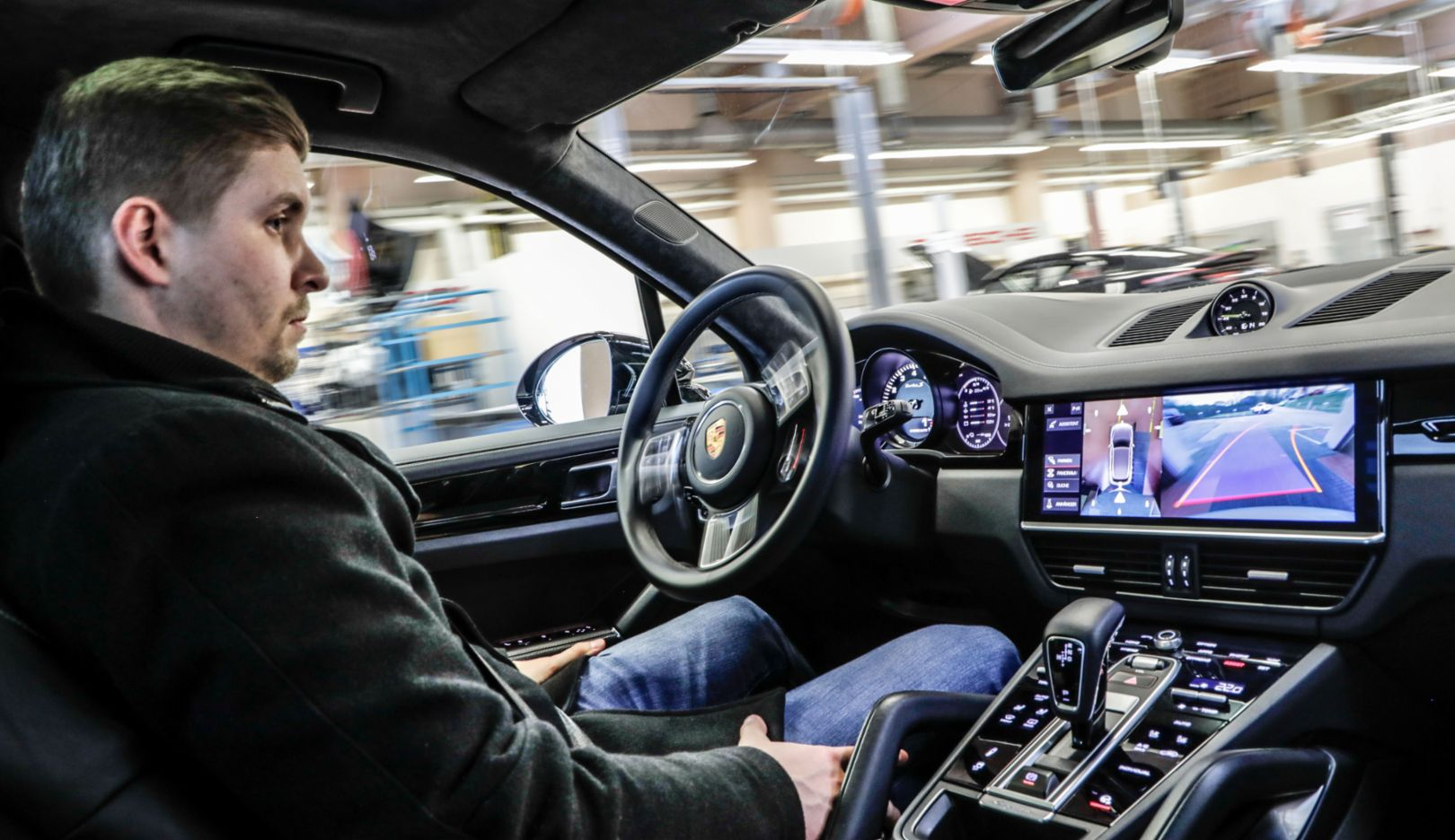 Porsche shows autonomous driving in the workshop