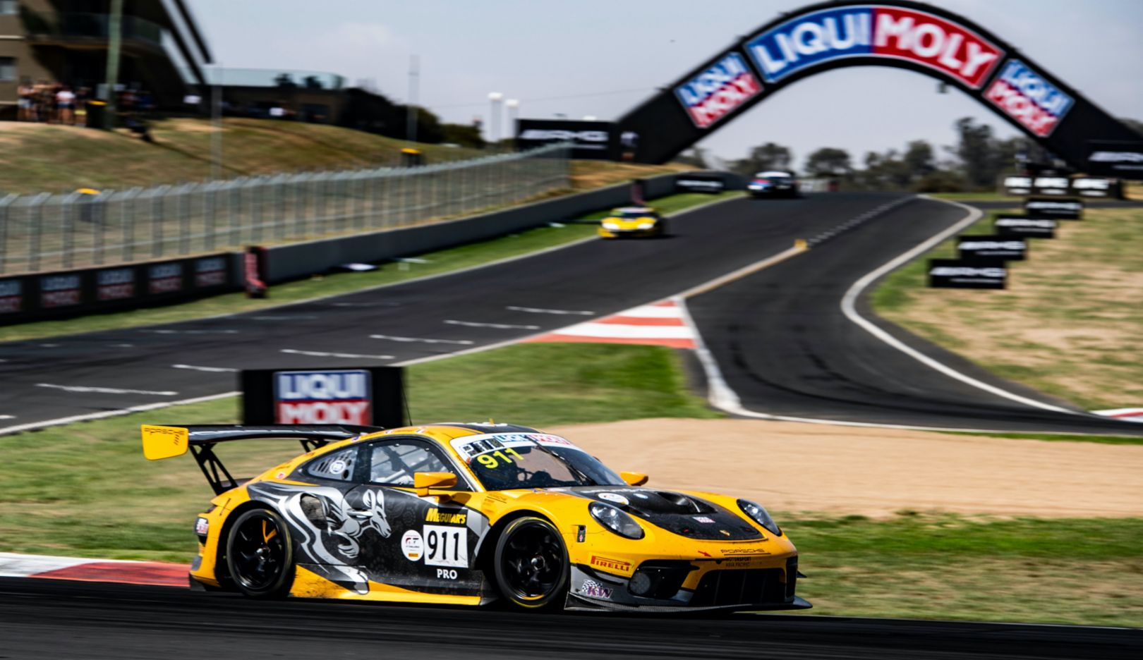 Pro-Am win at Mount Panorama