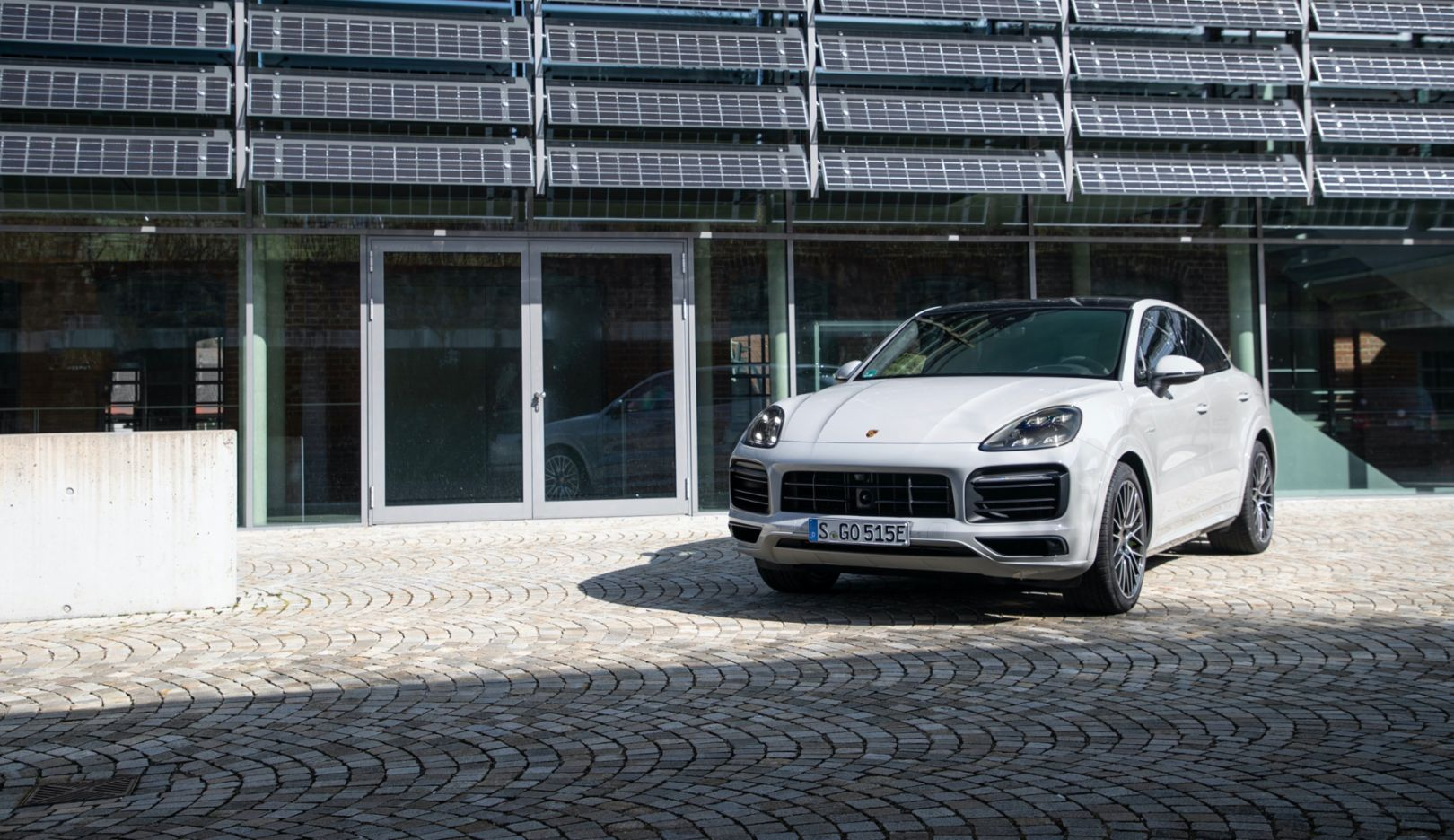 A greater electric range for the Cayenne E-Hybrid models - Image 3