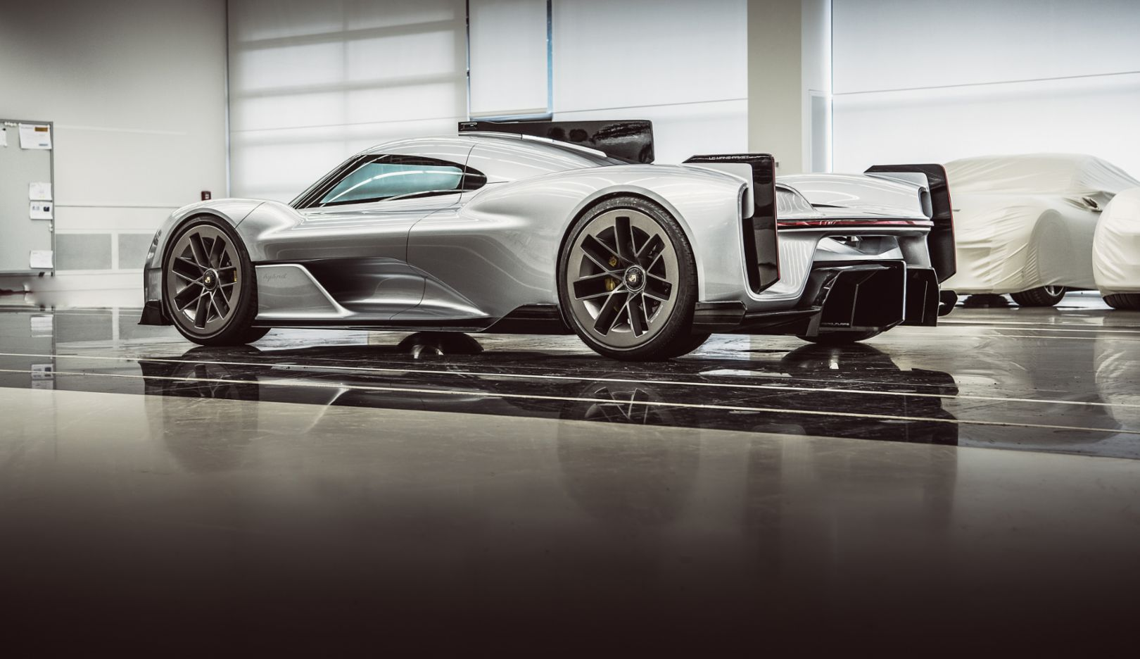 """Porsche Unseen"" provides a glimpse of unreleased concept cars - Image 5"
