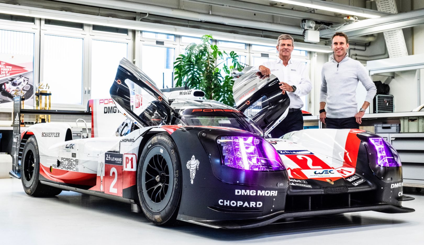 Hat trick after chase to catch up: the Porsche success story in Le Mans in 2017 - Image 8