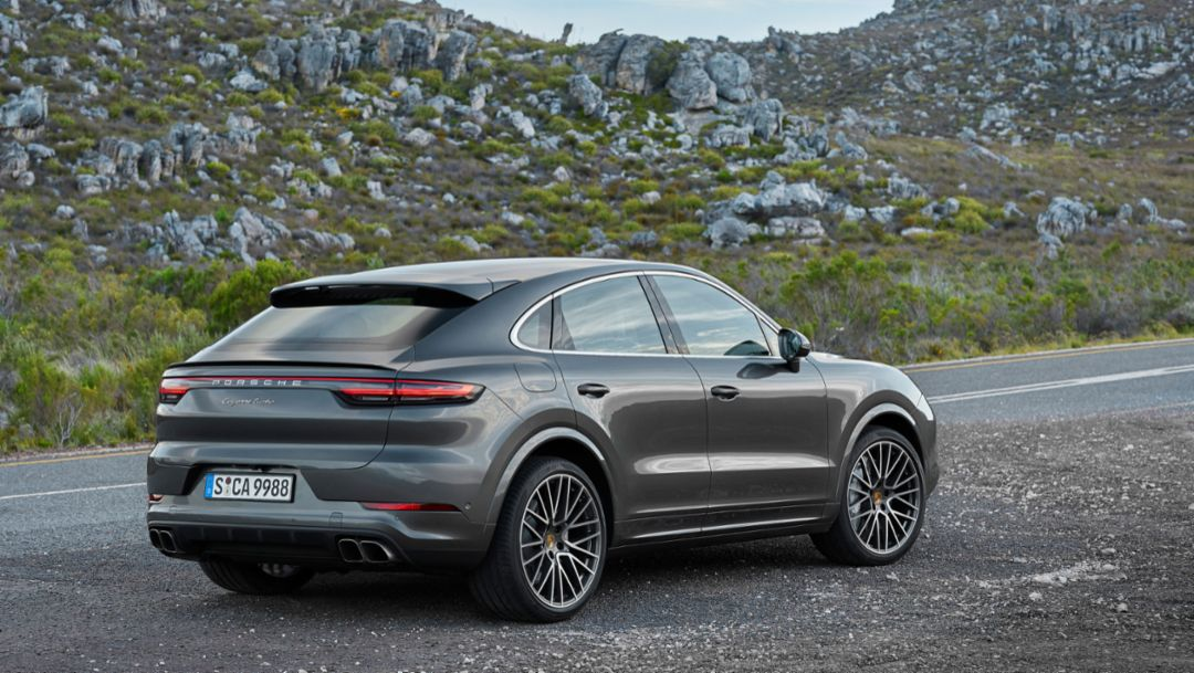 Porsche presents the Cayenne Turbo Coupé
