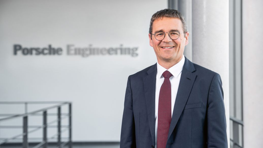 Dr Peter Schäfer, Chairman of the Management Board of Porsche Engineering, 2019, Porsche AG