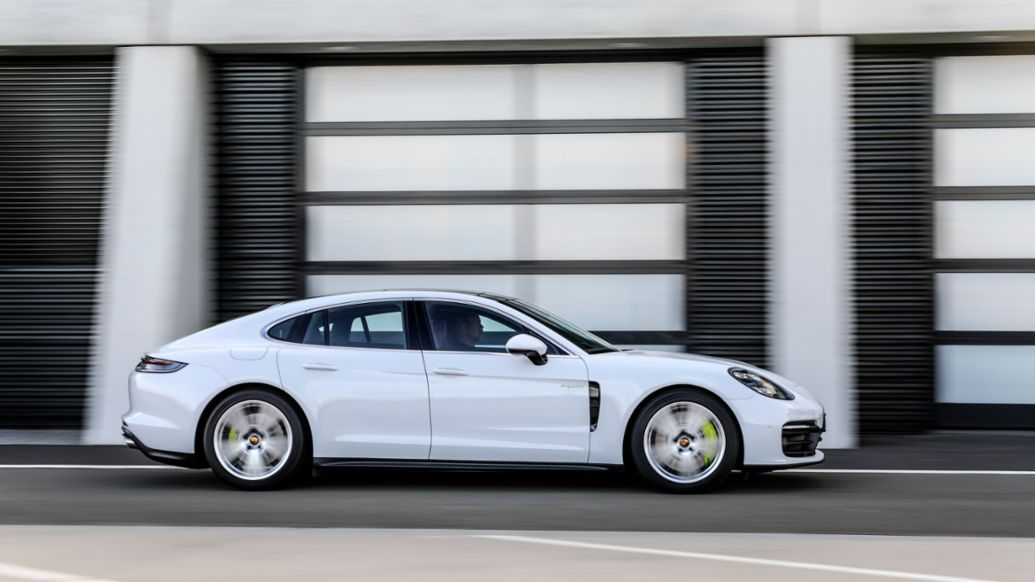 The 2021 Porsche Panamera