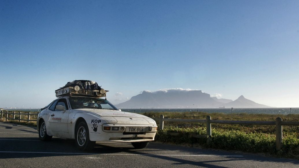 Porsche 944, Table Mountain, Cape Town, South Africa, 2020, Porsche AG