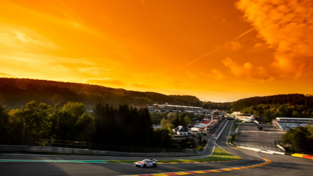911 GT3 R, Eau Rouge, 24 Hours of Spa-Francorchamps, Belgium, 2020, Porsche AG