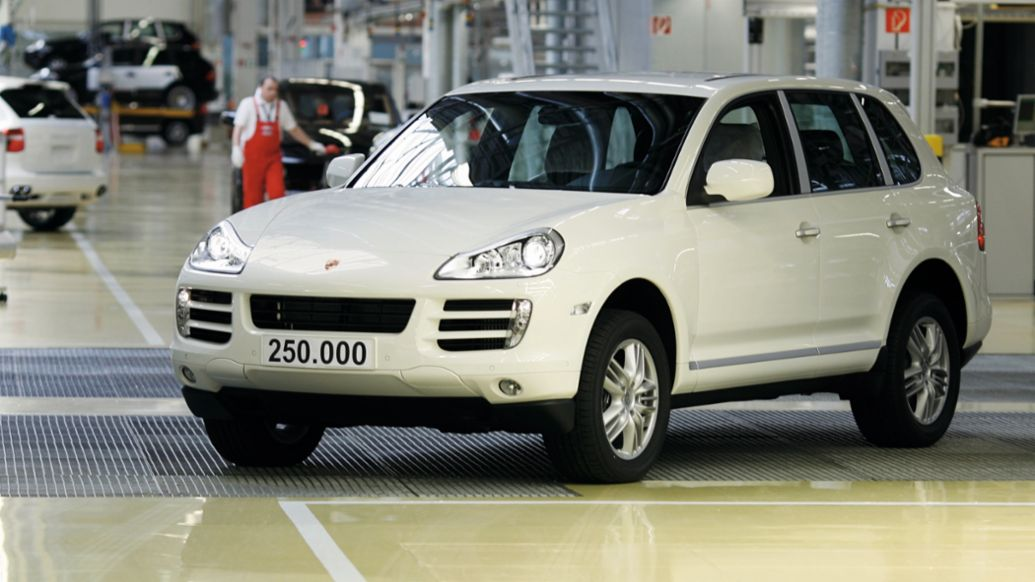 The 250,000th Cayenne, 2009, Porsche AG