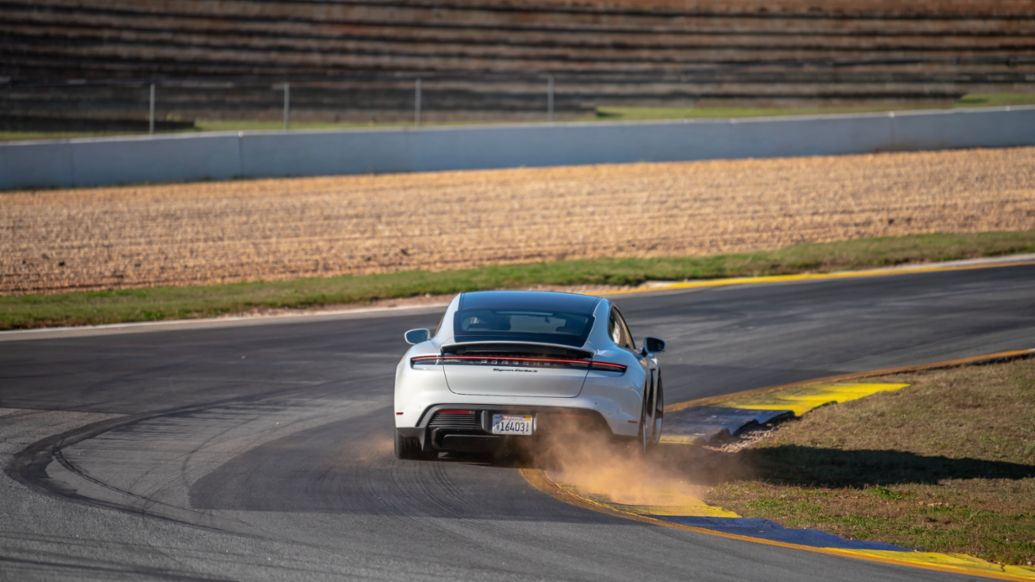 Taycan Turbo S, Michelin Raceway Road Atlanta, Georgia, USA, 2020, Porsche AG