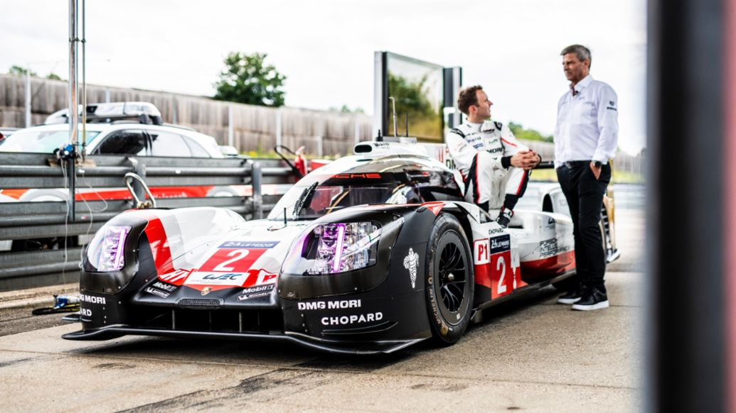 Hat trick after chase to catch up: the Porsche success story in Le Mans in 2017 - Image 6