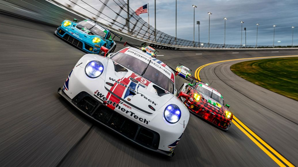 Porsche customer team Wright Motorsports starts from the first grid row - Image 2