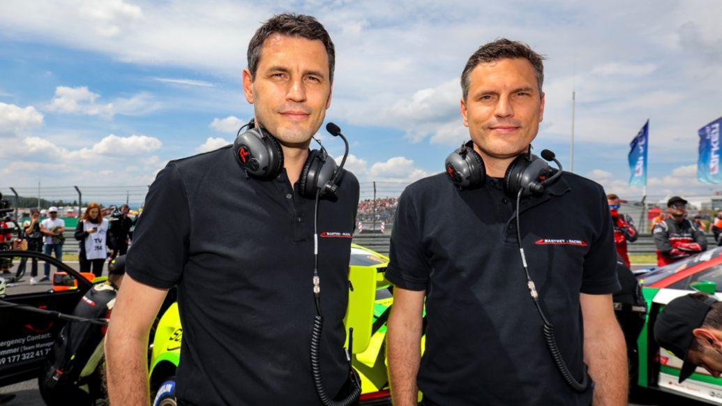 Nicolas und Martin Raeder, Geschäftsführer und Miteigentümer von Manthey-Racing, 2021, Porsche AG