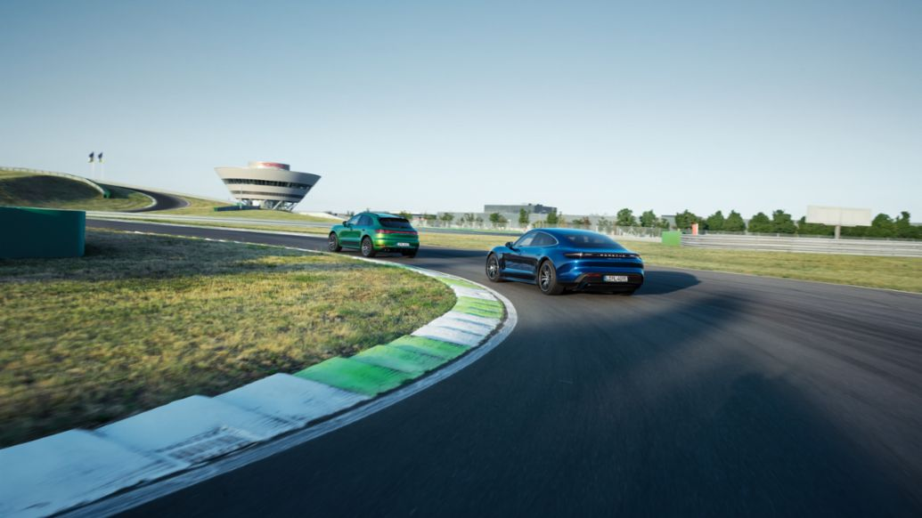 Porsche Leipzig on-road circuit, Macan and Panamera, Leipzig, 2019, Porsche Leipzig GmbH