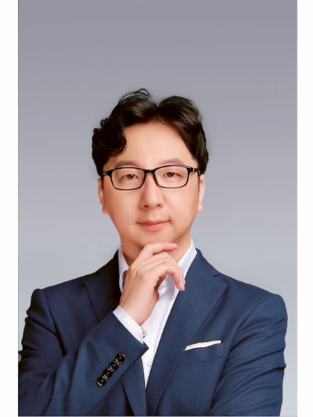 Naikai Du Senior, Senior Manager of Electric & Electronics, 2020, Porsche AG