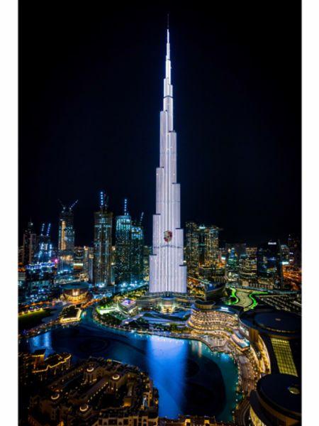Porsche Taycan electrifies the world's tallest building: Dubai's Burj Khalifa - Image 2
