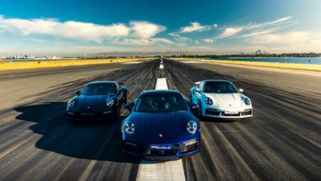 Porsche 911 Turbo S: 'Launch Control' at Sydney Airport