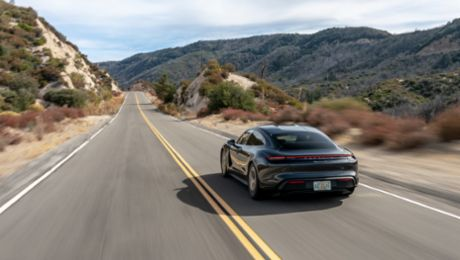 Porsche Reports U.S. Retail Sales for 2020