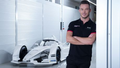 A passionate racer and talented photographer: André Lotterer is focused
