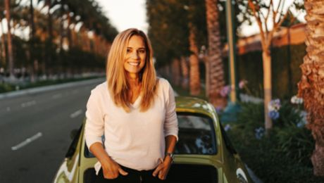 "Meet Lara, the ""Porsche girl"": a precision driver in Hollywood"