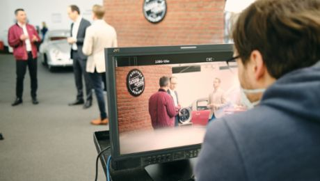 Porsche expands its digital communications offering