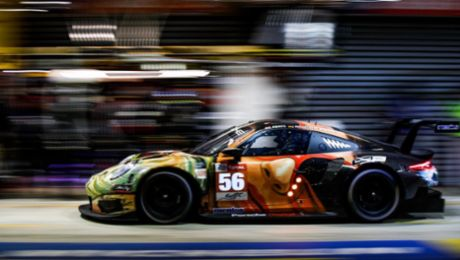 Project One's 911 RSR Art Car: Artists at work