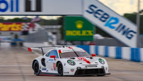 IMSA: Porsche tackles season finale with emotions and goals high