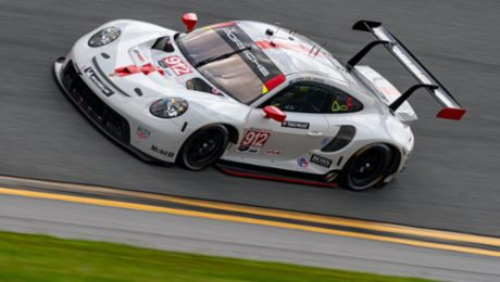 Both Porsche 911 RSR on the podium - reigning champions lead the points