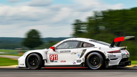 Podium instead of victory for the Porsche 911 RSR in North America