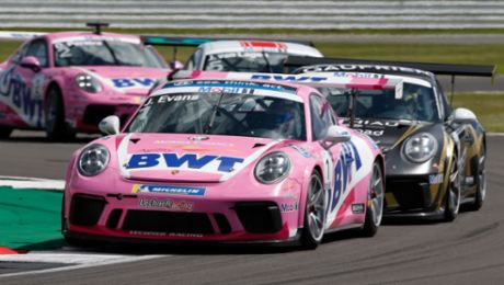 Jaxon Evans finishes on the Porsche Mobil 1 Supercup podium in Silverstone