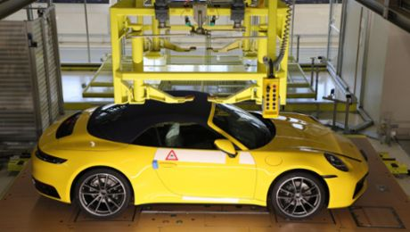 Individual car pictures from Porsche production enhance customer anticipation