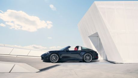World premiere of the new Porsche 911 Targa