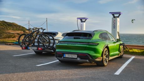 Porsche significantly increases deliveries in the first quarter of 2021