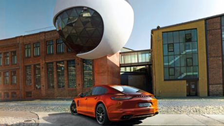 Exploring the city of music in a Porsche Panamera
