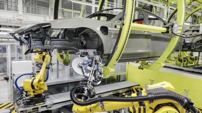 Innovative production process makes key contribution to the construction of the Porsche Taycan