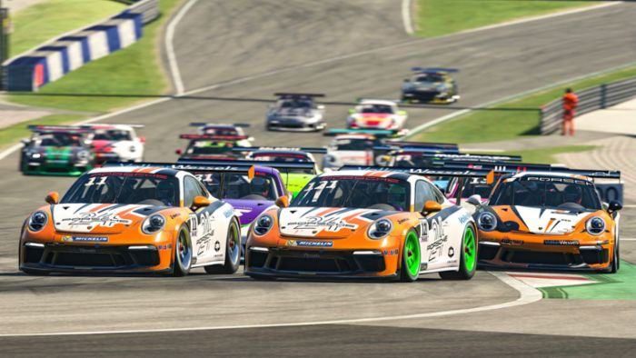 Esports champion wanted: 32 sim racers fight for the title at the finale