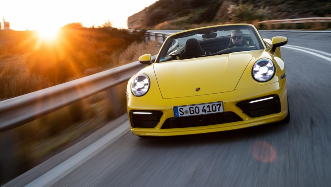 Porsche Reports U.S. Retail Sales for October