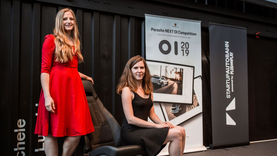 "Laura Bücheler, Isabella Hillmer, l-r, ""GHOST – feel it."", Porsche Next Open Innnovation Competition, Ludwigsburg, 2019, Porsche AG"
