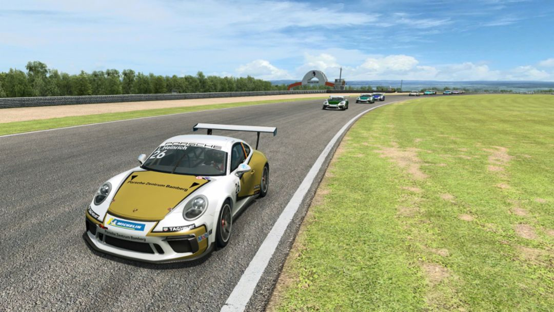 PCCD: Laurin Heinrich claims double victory at the virtual Autodrom Most