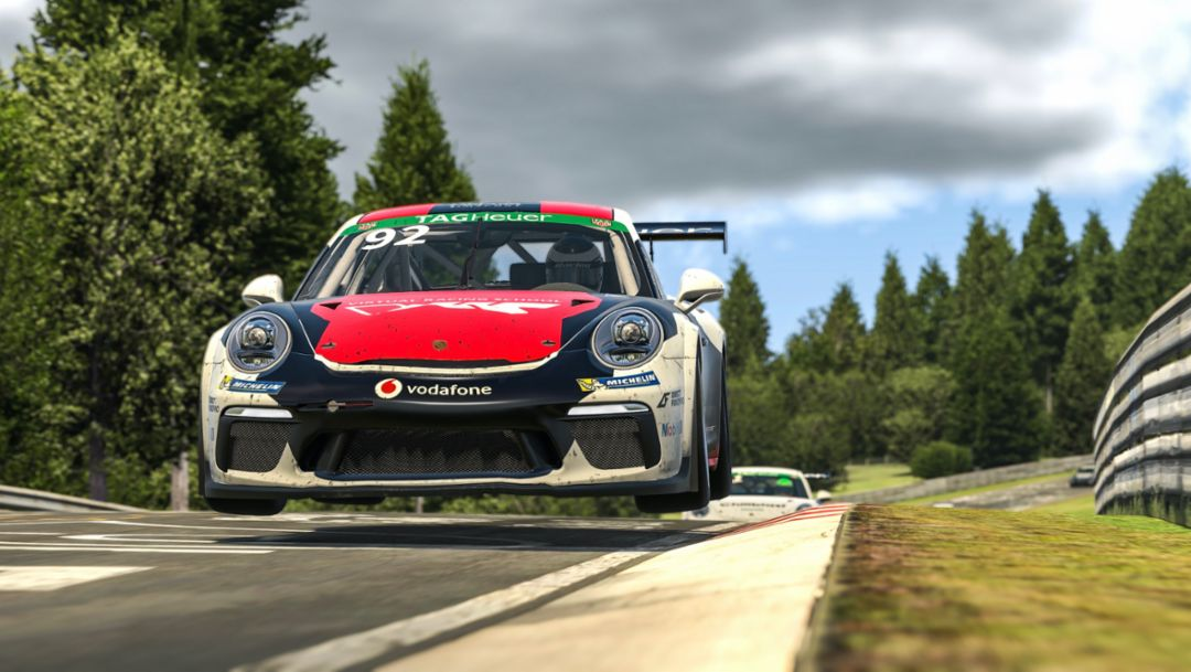 Sim racing championship takes on Germany's 'Green Hell'