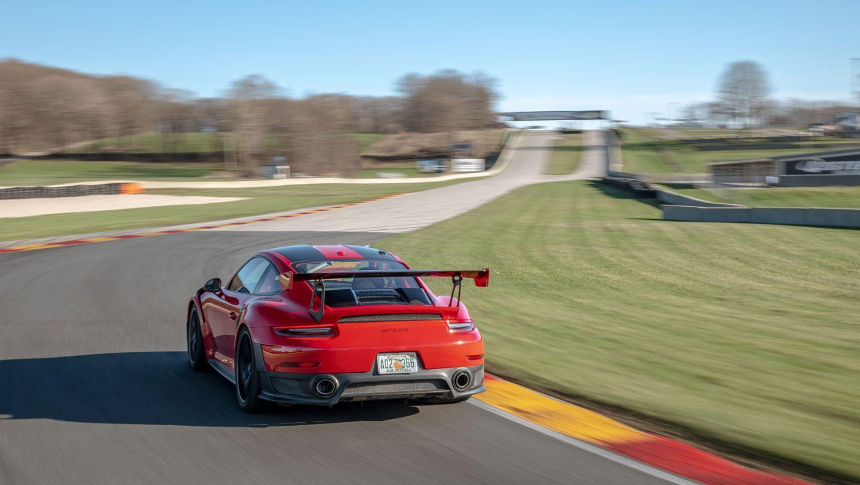 Porsche 911 Gt2 Rs Sets Production Car Lap Record At Road America