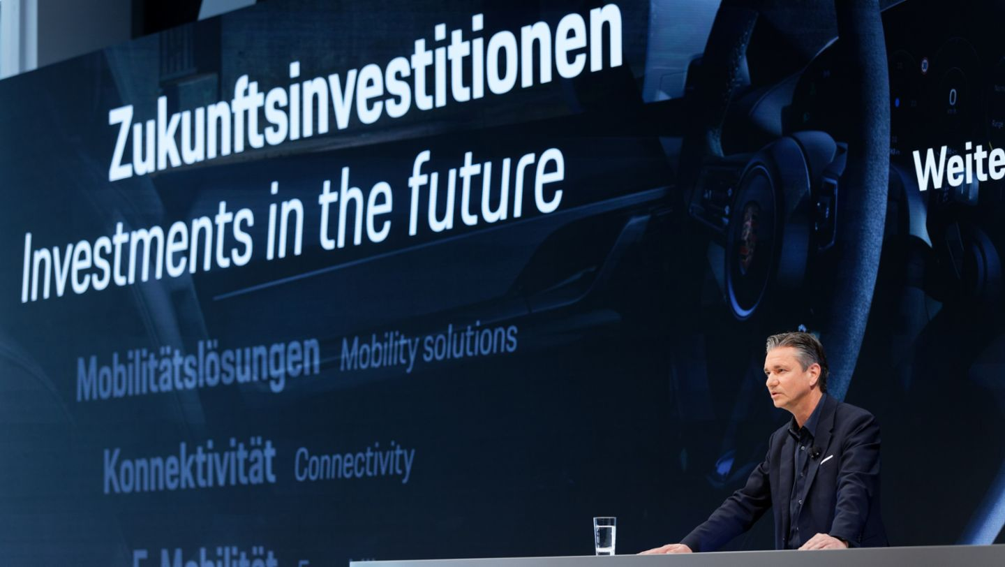 Lutz Meschke, Deputy Chairman of the Executive Board and Member of the Executive Board for Finance and IT, annual press conference, 2020, Porsche AG