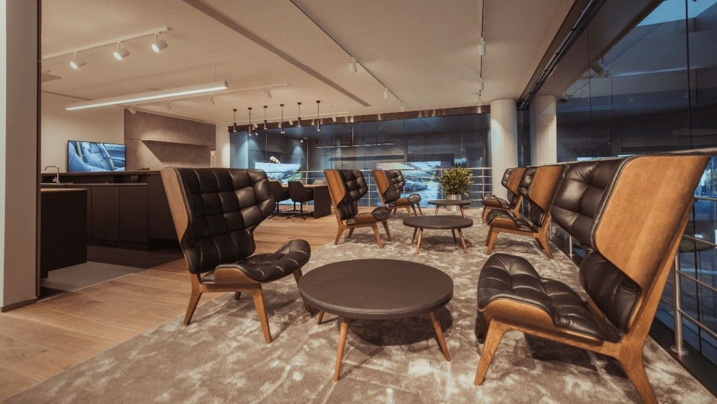 Porsche Center is becoming a modern gathering place - Image 5