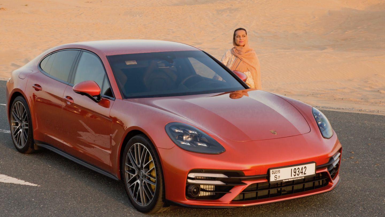 Nayla Al Khaja, Panamera Turbo S, 2020, Porsche AG