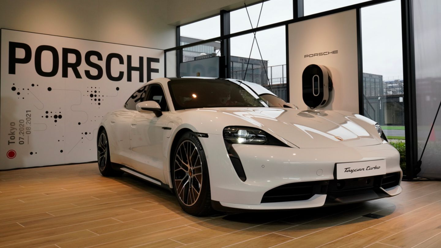Taycan Turbo, Porsche Sales-Pop-up-Store, Tokio, Japan, 2020, Porsche AG