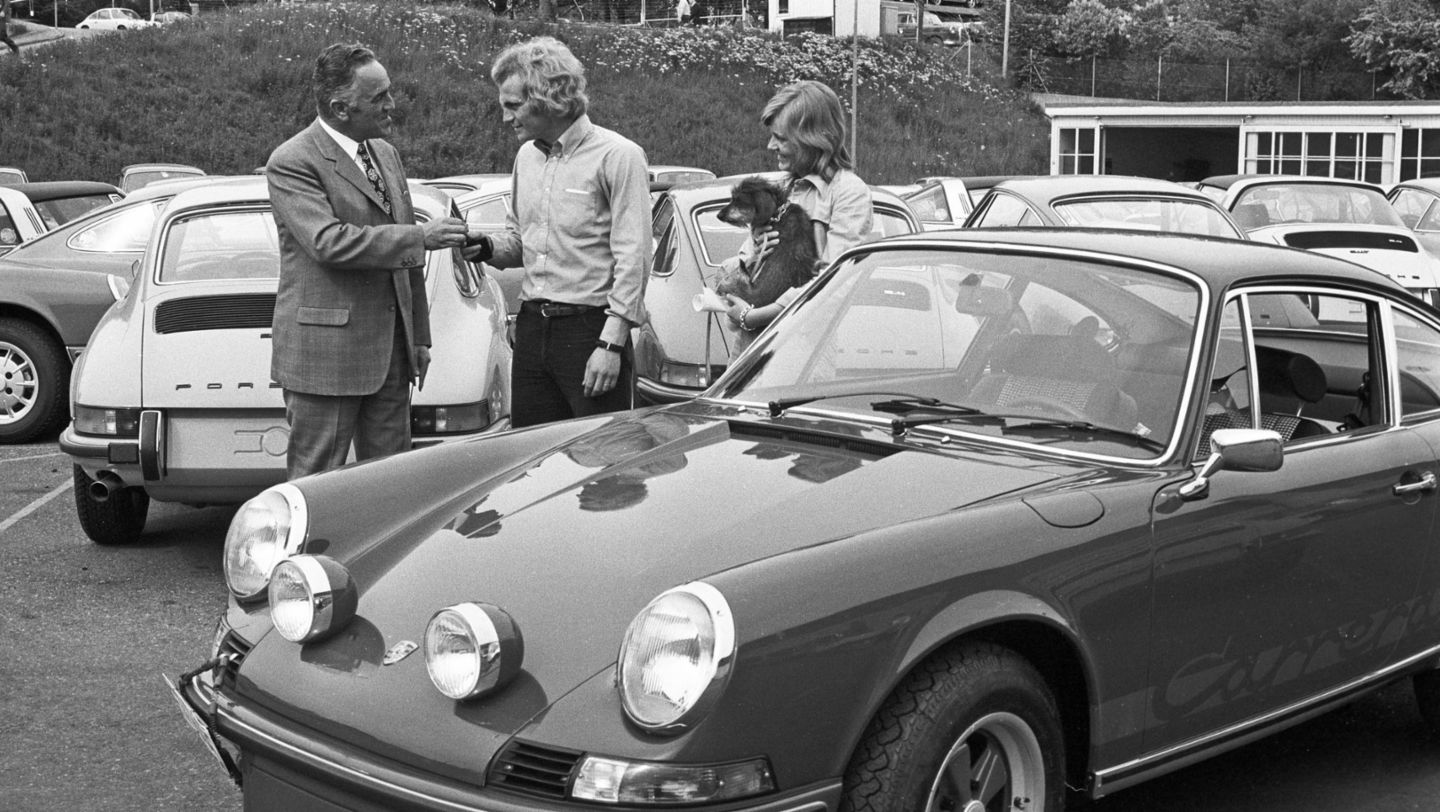 Harald Wagner and Uli Hoeneß, l-r, 911 Carrera RS 2.7 Coupé (1973), Porsche AG