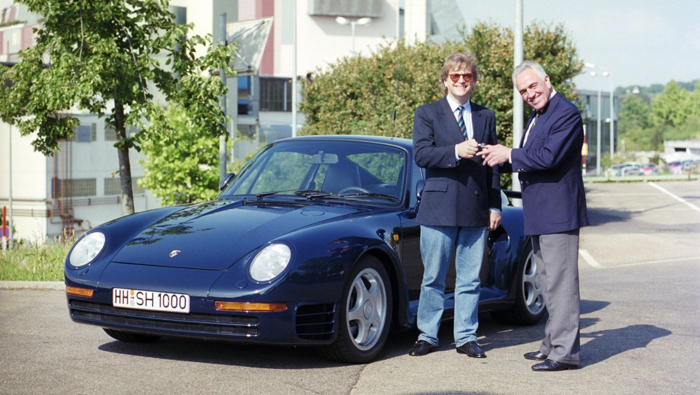 Justus Frantz and Harald Wagner, l-r, 959 Coupé, car collection, 1988, Porsche AG