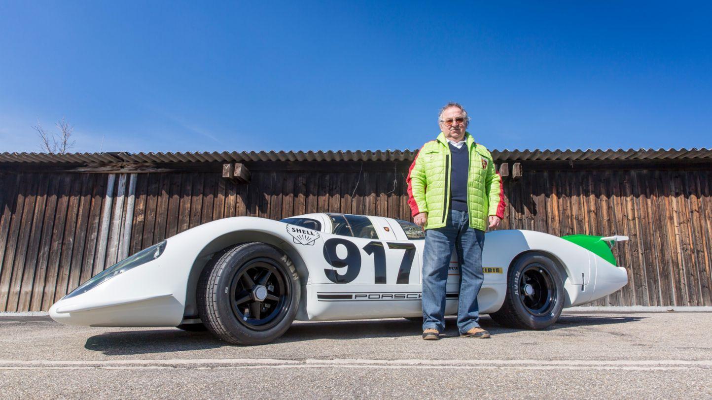 Porsche congratulates motorsport legend Kurt Ahrens on his 80th birthday - Image 3